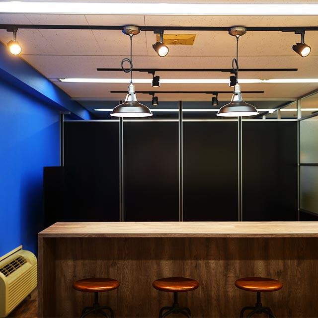 ミーティングルーム・会議室のガラスパーテーション・間仕切り工事の施工事例005