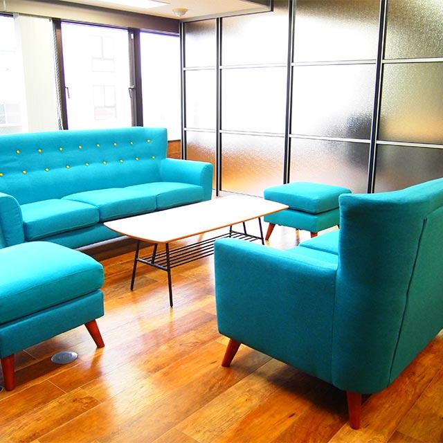 応接室・会議室のガラスパーテーション工事の施工事例001