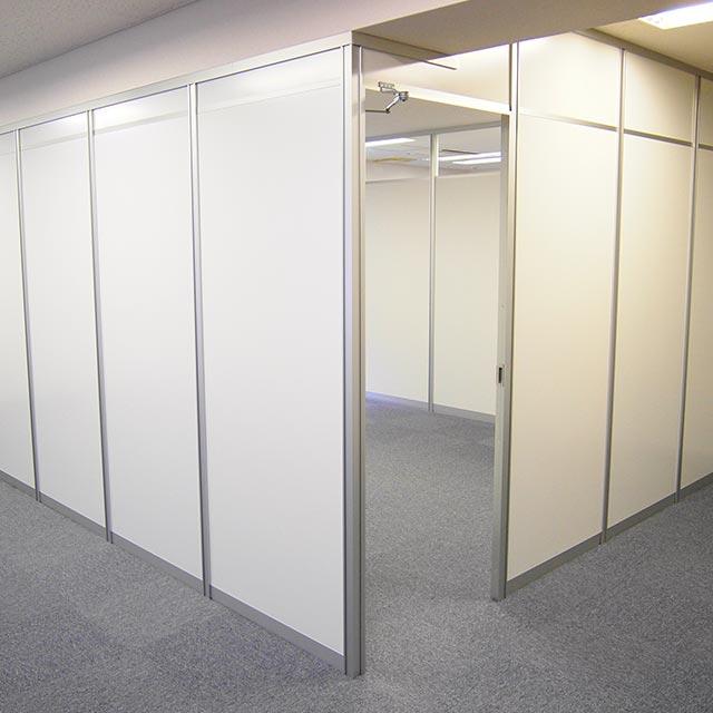 ミーティングルーム・会議室のパーテーション・間仕切り工事の施工事例001